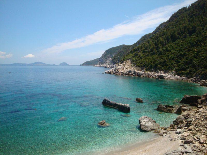 14. Восхитительный пляж Агиос Иоаннис с бирюзовой водой -