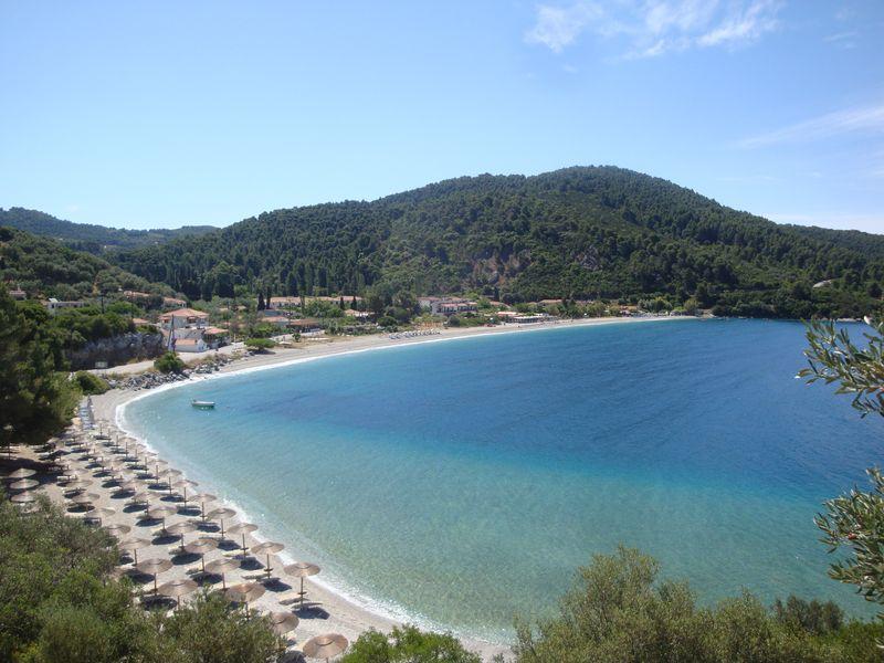 002. Прекрасный пляж Панормос (Πάνορμος) -