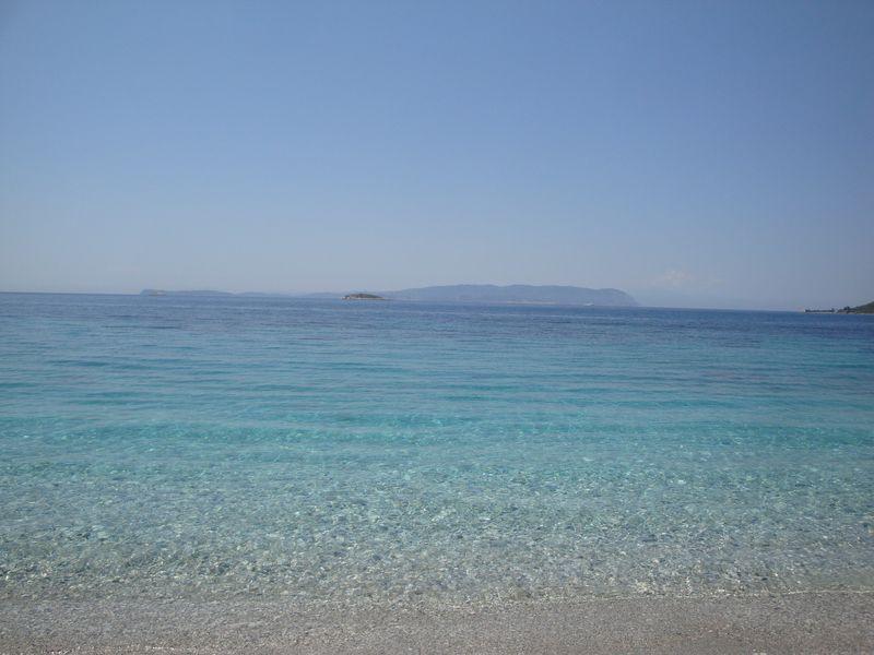 057. Лазурь моря -