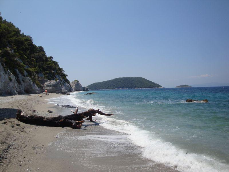081. Пляж Ховоло (Χόβολο) после бури -