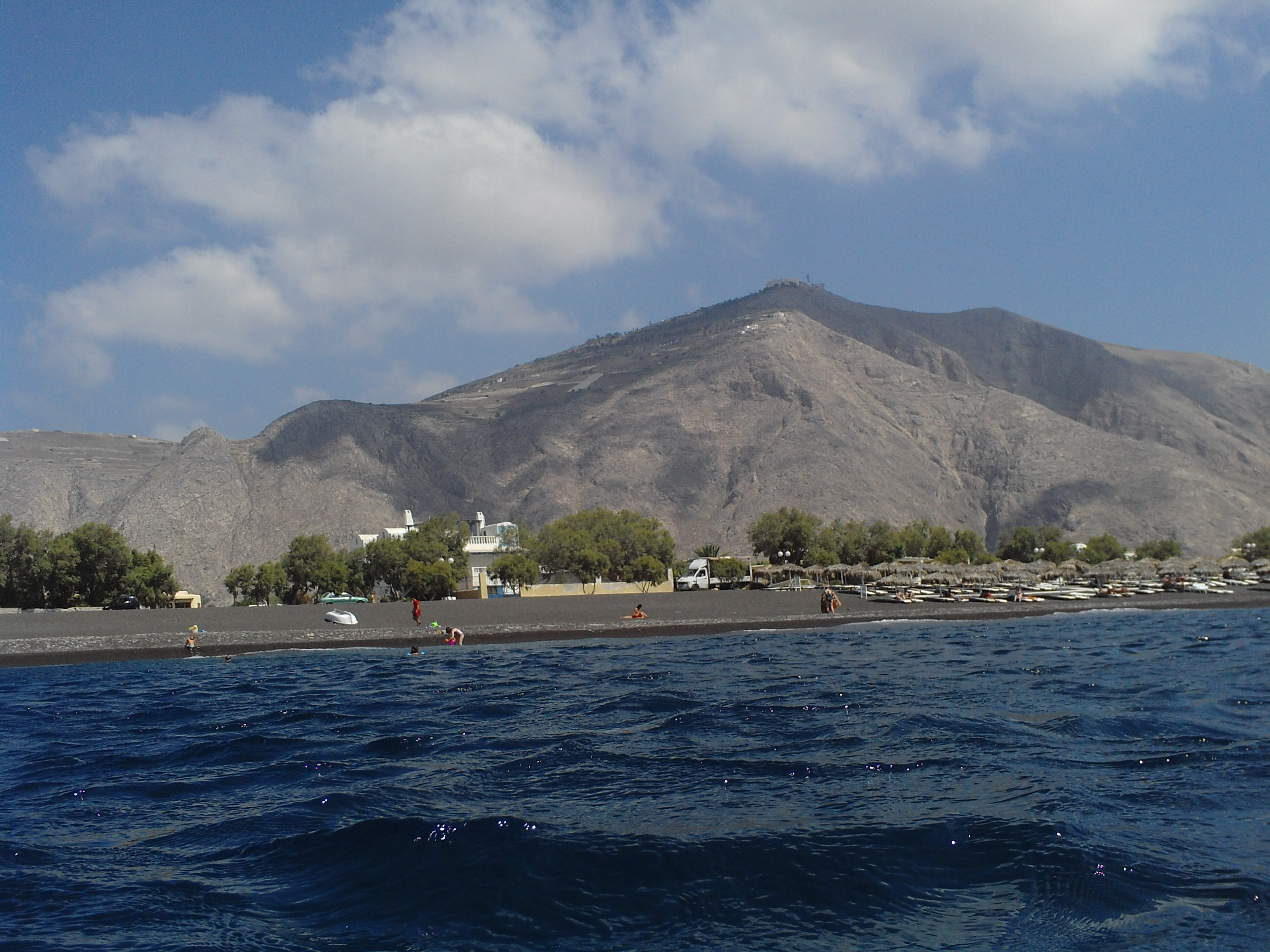 52. Черный пляж Периссы - Санторини