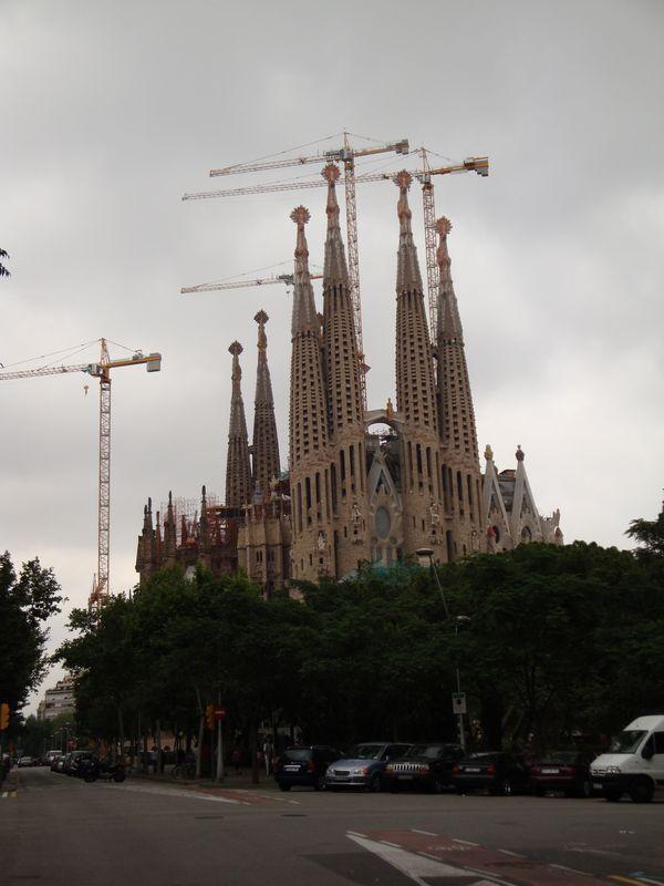 064. Последний взгляд на Собор - Собор Святого Семейства, Барселона